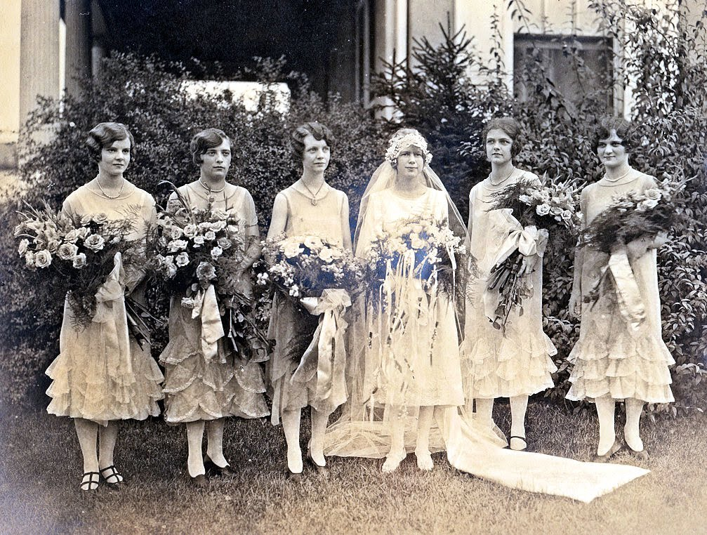 why fairytale weddings are so desirable essay Marriages are bigger and more expensive nowadays than in the past why is this the case is it a negative or positive development sample band 9 essay ideas of fairytale style weddings from the press such as celebrity weddings.